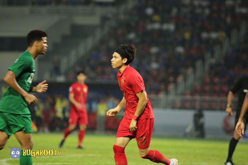 ประมวลภาพแฟนบอล-การแข่งขัน  ซาอุดีอาระเบีย พบ ทีมชาติไทย AFC U23