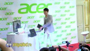 ซ๊อตหลุด ซีวอนทำ Notebook หล่น!!